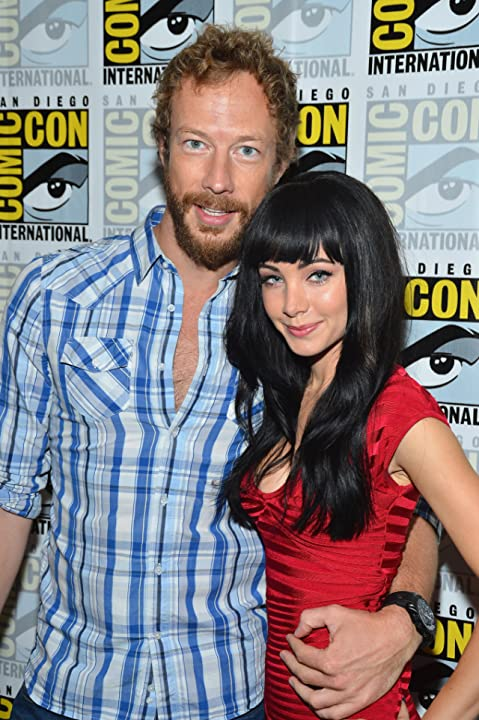 Kris Holden-Ried and Ksenia Solo at Lost Girl (2010)