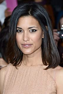 Julia Jones Picture