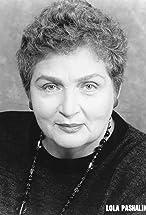 Lola Pashalinski's primary photo