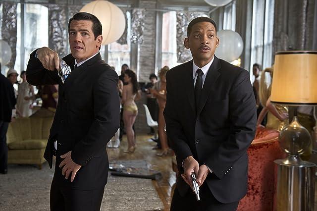 Will Smith and Josh Brolin in Men in Black 3 (2012)