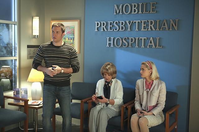 Ilene Graff, Jaime King, and Scott Porter in Hart of Dixie (2011)