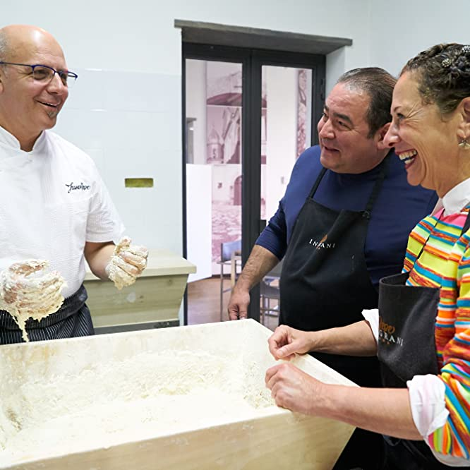 Emeril Lagasse, Nancy Silverton, and Franco Pepe in Eat the World with Emeril Lagasse (2016)