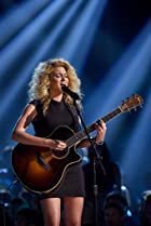 Image of Tori Kelly