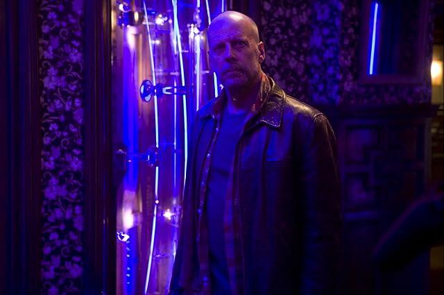 Bruce Willis in Surrogates (2009)