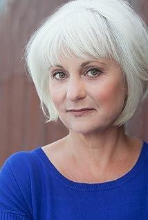 Aktori Irene Ziegler