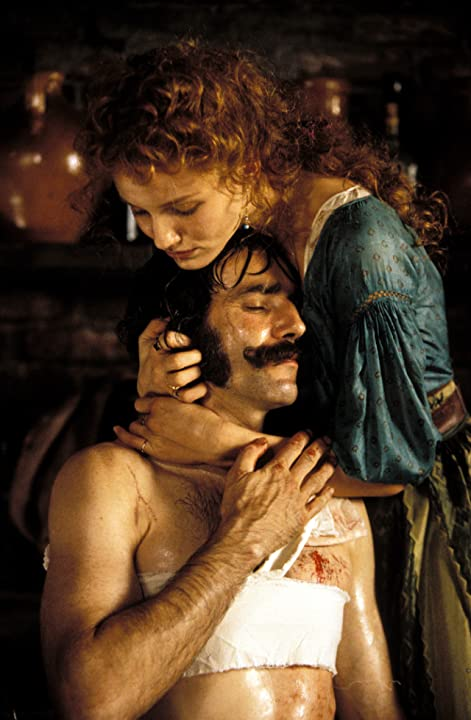 Cameron Diaz and Daniel Day-Lewis in Gangs of New York (2002)