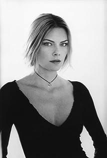 Paula Devicq Picture