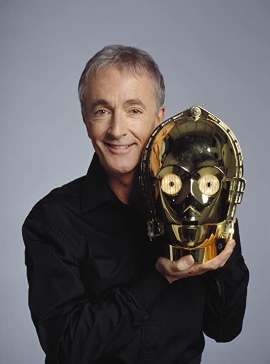 Anthony Daniels in Star Wars: Episode III - Revenge of the Sith (2005)