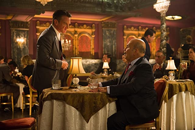 Sean Penn and Jon Polito in Gangster Squad (2013)