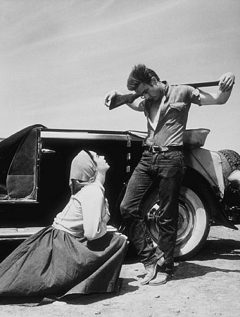Elizabeth Taylor and James Dean on the set of