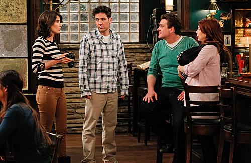 Alyson Hannigan, Jason Segel, Josh Radnor, and Cobie Smulders in How I Met Your Mother (2005)
