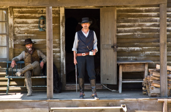 Jeremy Irons and Timothy V. Murphy in Appaloosa (2008)