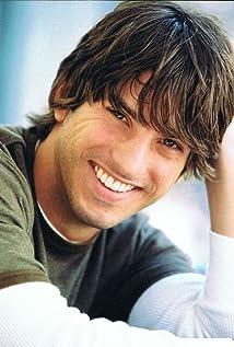 Aktori Ron Fallica