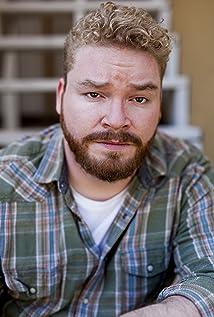 Aktori Evan Sloan