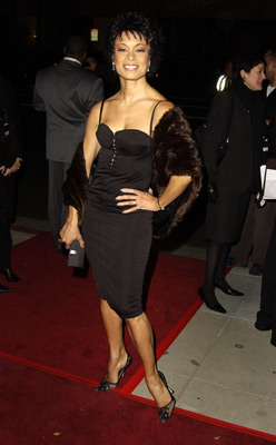 Valarie Pettiford at an event for Chicago (2002)