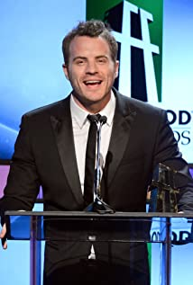 Robert Kazinsky Picture