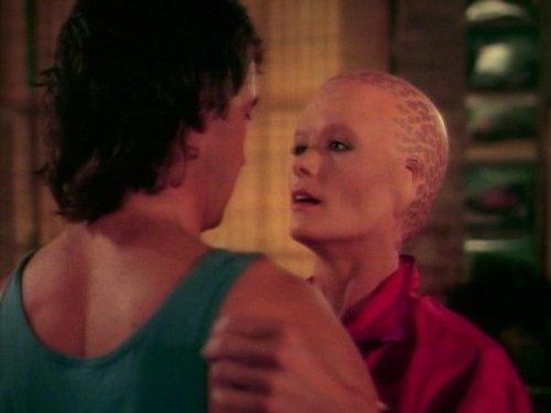 Alien Nation: Three to Tango | Season 1 | Episode 8