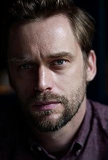 Aktori Finlay Robertson
