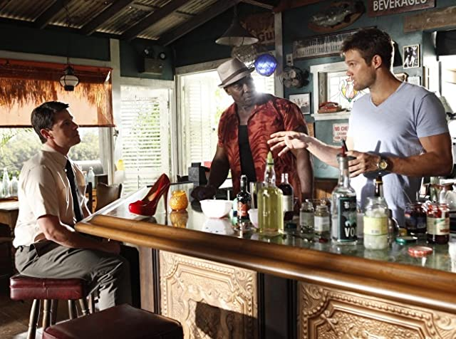 Michael Clarke Duncan, John Sanderford, and Geoff Stults in The Finder (2012)