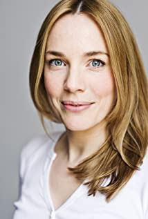 Laura Main Picture