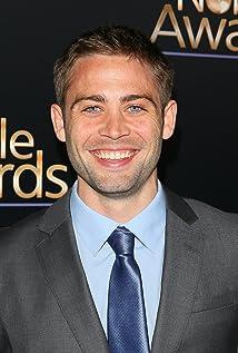 Aktori Cody Walker