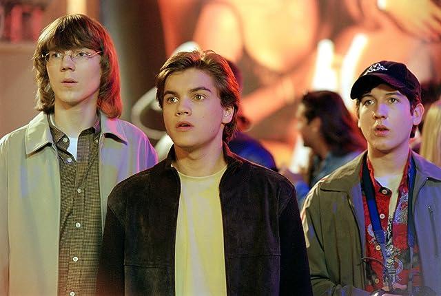 Paul Dano, Emile Hirsch, and Chris Marquette in The Girl Next Door (2004)