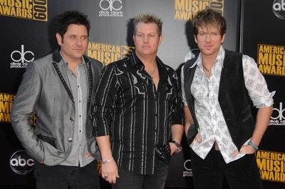 Jay DeMarcus, Gary LeVox, and JoeDon Rooney at 2009 American Music Awards (2009)