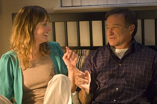 Robin Williams and Alexie Gilmore in World's Greatest Dad (2009)