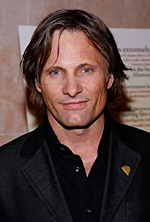 viggo mortensen young