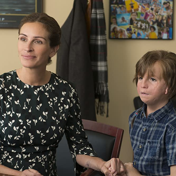 Julia Roberts and Jacob Tremblay in Wonder (2017)