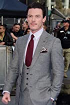 Image of Luke Evans