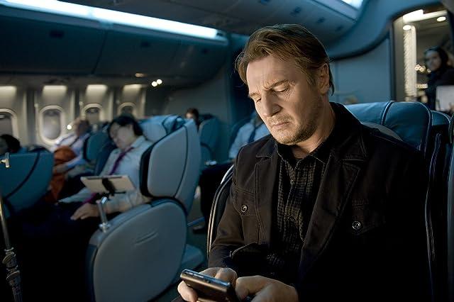 Liam Neeson in Non-Stop (2014)