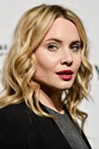 Image of Leah Pipes