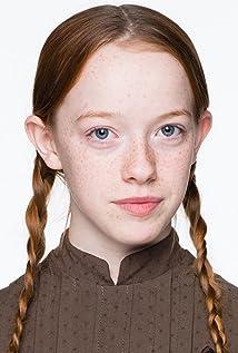 Amybeth McNulty New Picture - Celebrity Forum, News, Rumors, Gossip