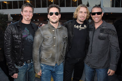 Chad Kroeger, Ryan Peake, Mike Kroeger, and Daniel Adair