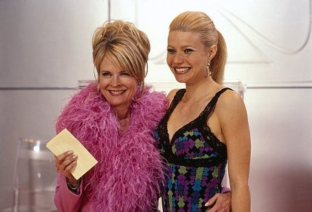 Candice Bergen and Gwyneth Paltrow in View from the Top (2003)