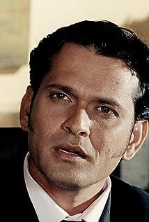 Aktori Sameer Dharmadhikari
