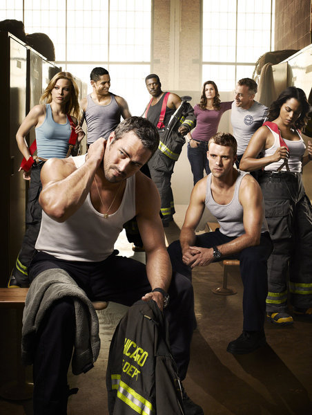 Lauren German, Jesse Spencer, Eamonn Walker, Taylor Kinney, Monica Raymund, and Teri Reeves in Chicago Fire: Pilot (2012)