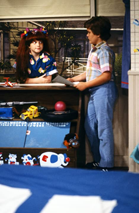 Emily Schulman and Jerry Supiran in Small Wonder (1985)