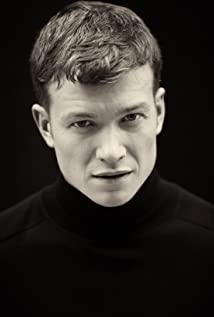 Ed Speleers Picture