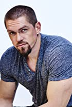 Image of Steve Howey