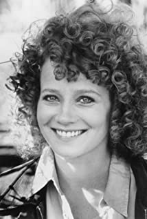 Heidi Kling Picture