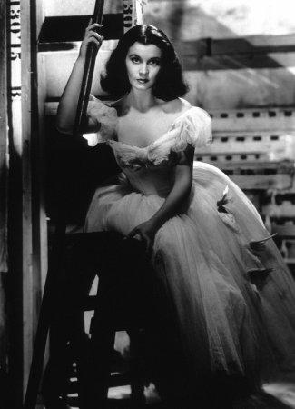 Vivien Leigh Film Set Waterloo Bridge (1940) 0033238