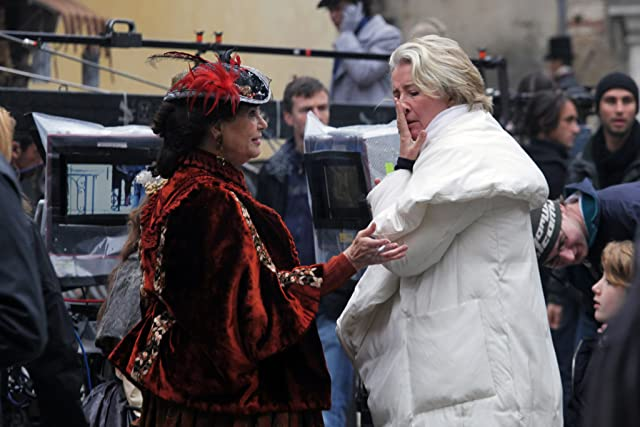 Emma Thompson and Claudia Cardinale at Effie Gray (2014)