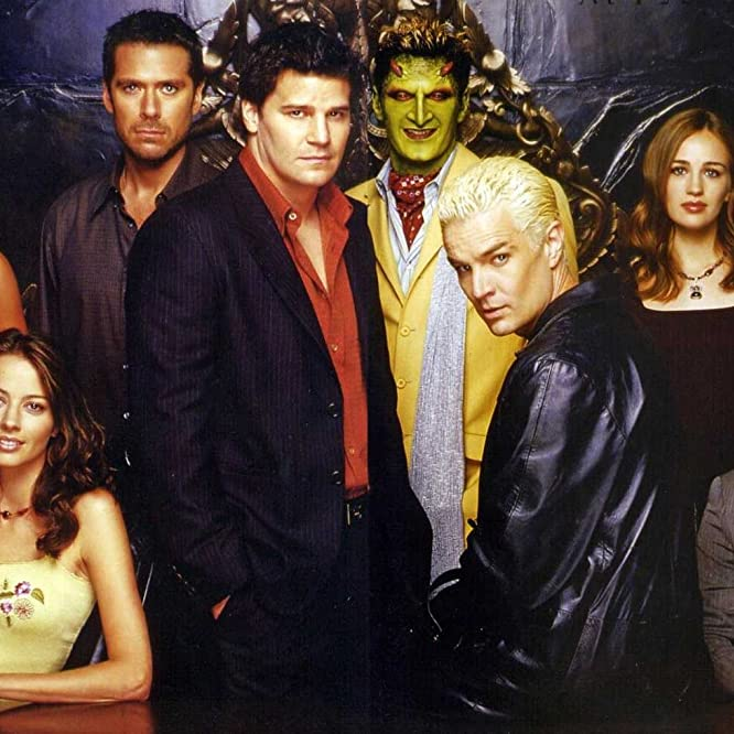 David Boreanaz, Amy Acker, Alexis Denisof, Andy Hallett, James Marsters, Mercedes McNab, J. August Richards, and Sarah Thompson in Angel (1999)