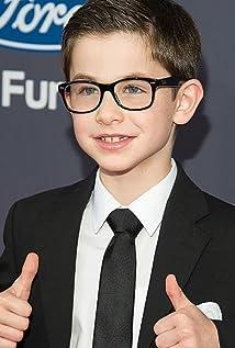 Aktori Owen Vaccaro