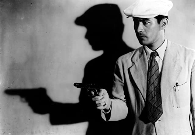Toshirô Mifune in Stray Dog (1949)