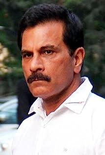 Pavan Malhotra Picture
