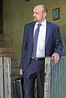 Aktori Oliver Stokowski