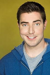 Aktori Kevin M. Horton